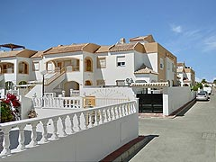 Spain, Costa Blanca, terraced apartment for sale in Torrevieja, cheap price