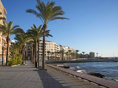 Torrevieja - Orihuela Costa, southern Costa Blanca properties for sale: the Torrevieja see shore promenade
