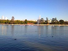 The Casa de Campo lake in Madrid